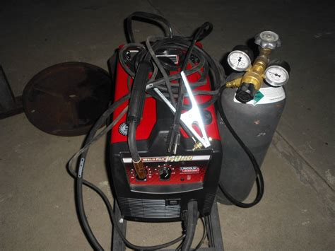 lincoln electric mig pak 140 wire feed welder lincoln electric weld pak 140 hd wire feed welder