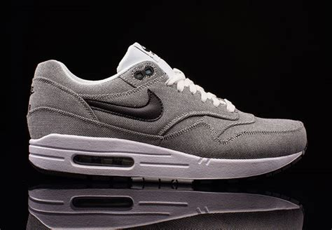 Celana 34 Go Adidas Nike the nike air max 1 goes on a picnic sneakernews