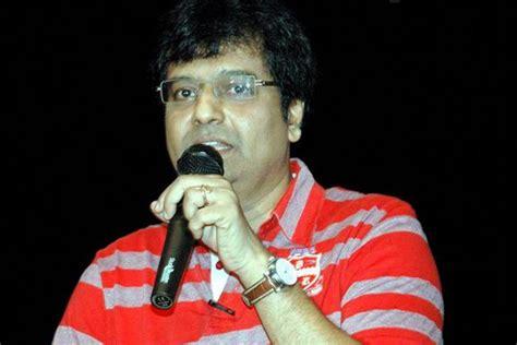 actor vivek birthday tamil actor vivek celebrates his birthday on the sets of