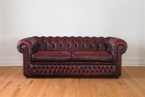 Chesterfield Sofa For Sale Craigslist Vintage Finds Chesterfield Sofa 1000 Wonderful Things