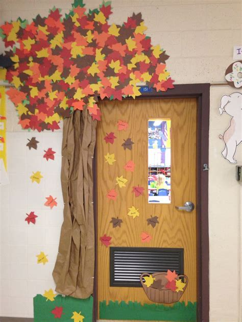 1000 ideas about fall classroom door on