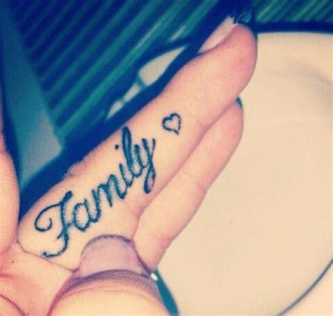 tattoo family finger 9 best tattoo images on pinterest small tattoos tattoo