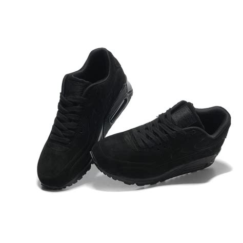 all is not black with all black sneakers sport