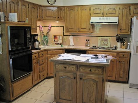 Small Kitchen Plans With Island Best Small Kitchen Design With Island For Arrangement Homesfeed