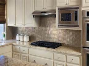 Backsplash Ideas For Small Kitchen by 15 Modern Kitchen Tile Backsplash Ideas And Designs