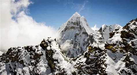 film everest hd this hd film lets you soar above the peak of mt everest