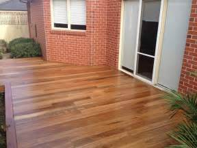 Outdoor Kitchens Sydney - ormond spotted gum decking