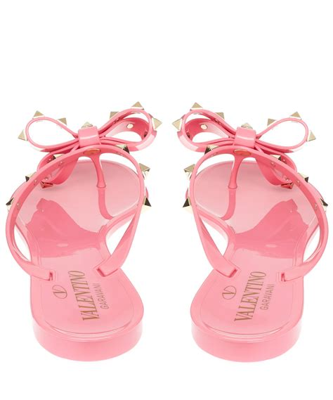 pink sandals with bow lyst valentino pink rockstud bow rubber sandals in pink