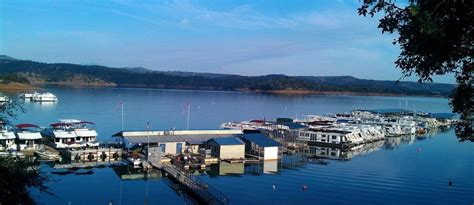 new melones boat rental overlooking new melones lake marina