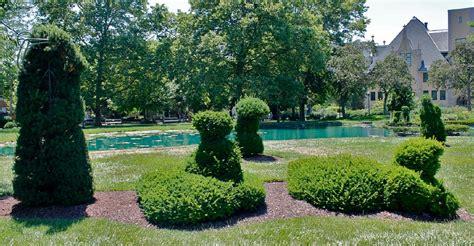 topiary park columbus ohio photos a visit to the topiary park columbus ohio