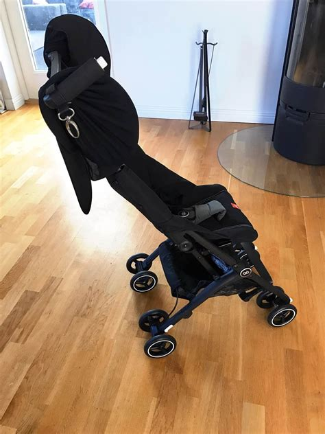 traveling with car seat travelling with a baby stroller car seat as luggage