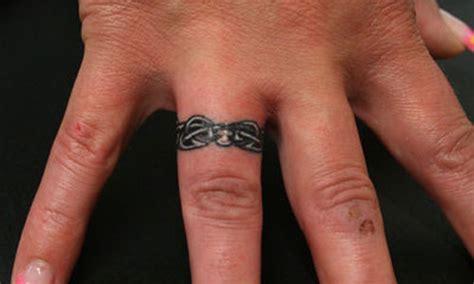 30 lovely ring finger tattoos creativefan