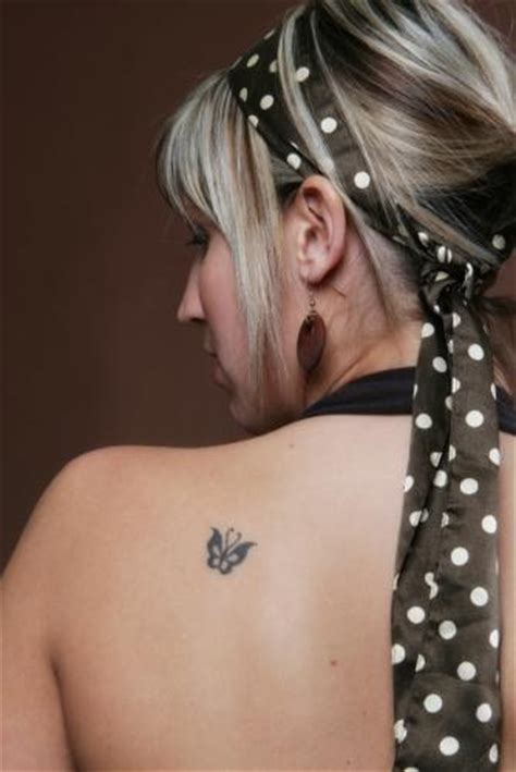 small tattoo on shoulder blade small butterfly tattoos on shoulder butterfly tattoos