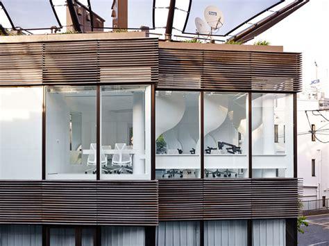design lab tokyo takato tamagami creates customized dental lab in tokyo