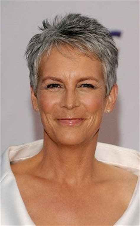 pictures of current jamie lee curtis haircuts jamie lee curtis doing fine after car accident