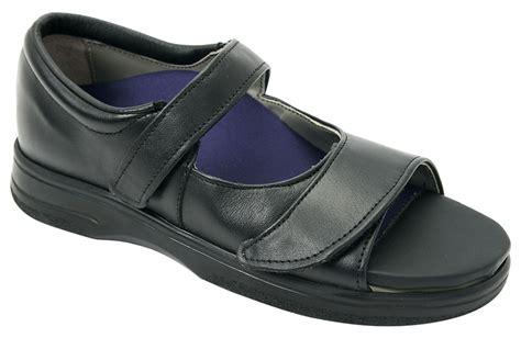 ortho shoes pw minor monika orthopedic s sandal orthotic shop