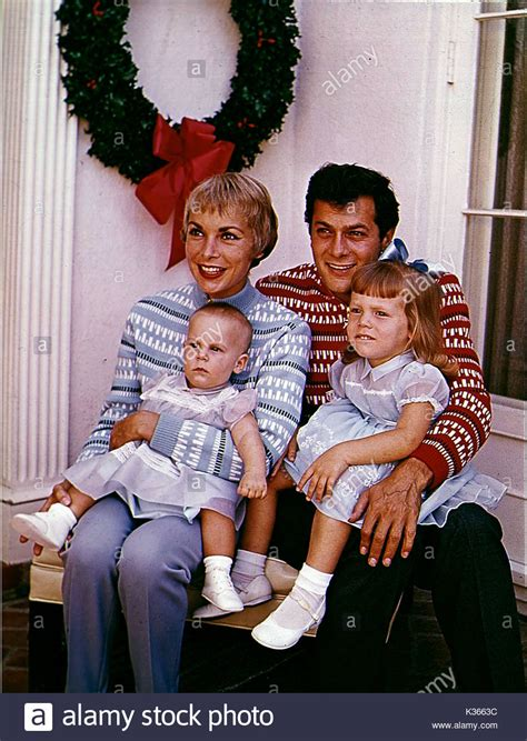 jamie lee curtis family pics janet leigh tony curtis and family bottom left jamie lee