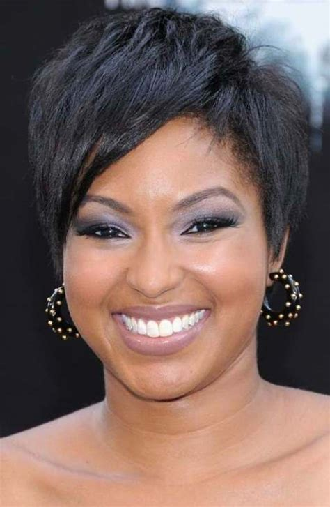 short hair cut for african women with round face cute short hairstyles for round faces flattering cute
