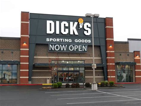 www dickssportinggood sportings driverlayer search engine