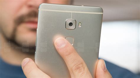 phones with fingerprint scanner updated think your android smartphone with fingerprint scanner is safe from thieves think again