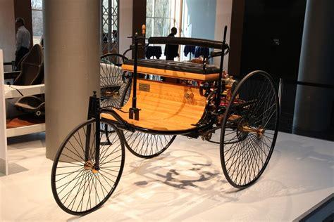 invented  car