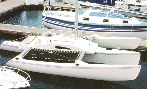 trimaran pik kh 23 trimaran sailing pics small trimarans