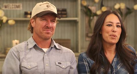 chip gaines net worth 100 chip gaines net worth facts about chip and