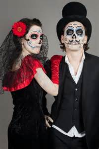Day Of The Dead Halloween Costumes 21 Easy Amp Fresh Couple Halloween Makeup Ideas