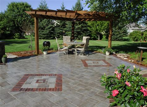extreme backyard design patios waukesha brick paver patios waukesha patio