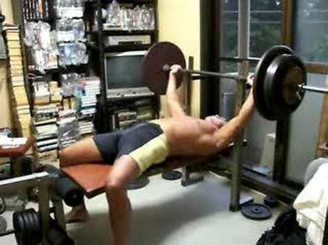 bench pressing without a spotter bench press alone at home what if you failed 120kg 264lb