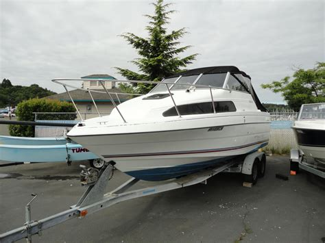 bayliner cuddy cabin for sale 1993 used bayliner 2252 bayliner classic cuddy cabin boat