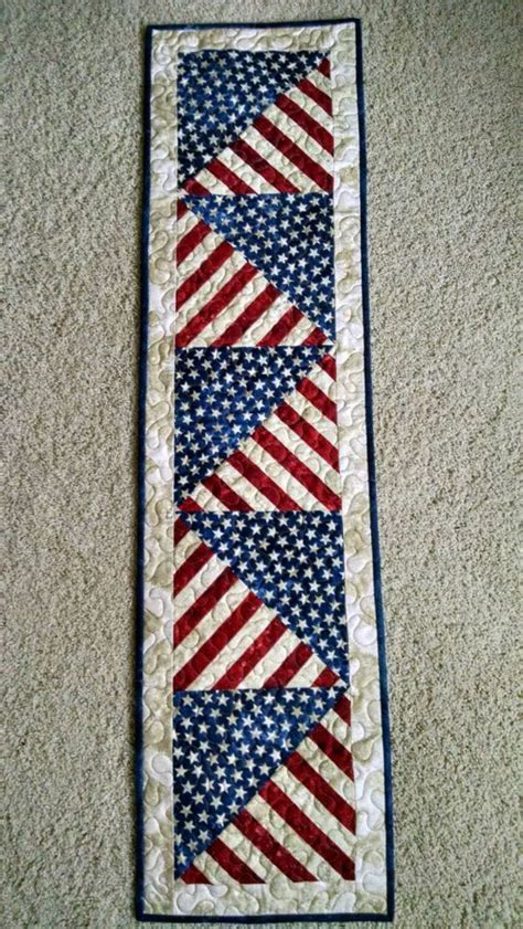 Table Runner Quilt by Best 25 Table Runners Ideas On Quilted Table