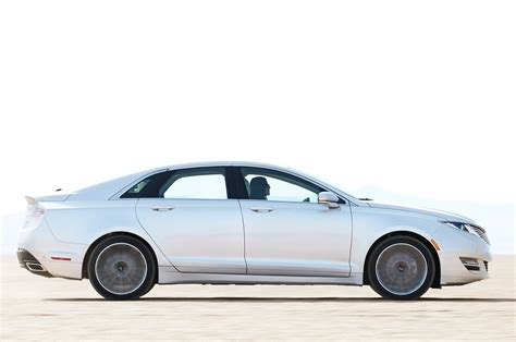 2013 lincoln mkz side view silver 2013 lincoln mkz reviews and rating motor trend