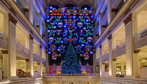take a tour of christmas highlights in center city