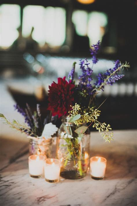 autumn wedding table centerpieces  varying wedding themes
