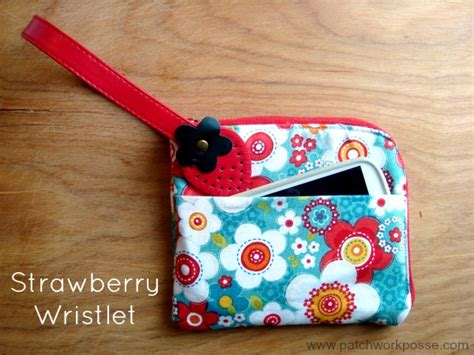 50 Bag Tutorials Patchwork Posse Easy Sewing Projects - 50 zipper pouch and bag tutorials