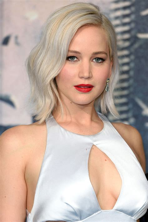 jennifer lawrence hair co or for two toned pixie fresh hair color trends from celebs for winter 2017 best