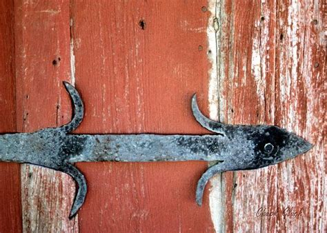 Rustic Barn Door Hinges Barn Door Hinge Rustic Hinge Hinge On Barn Door Rustic Photo A