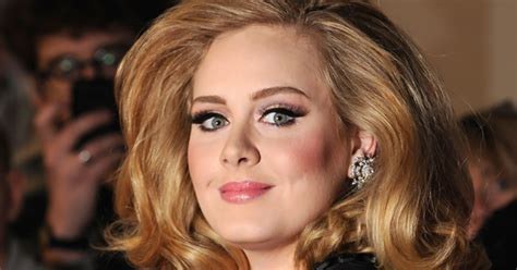 adele biography hello adele s boyfriend plans to propose rolling stone