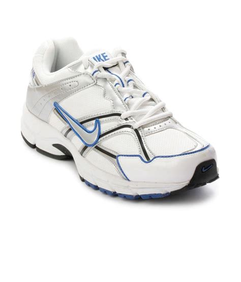 nike white sports shoes buy nike white pu running sport shoes for snapdeal