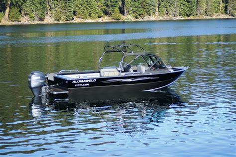 intruder boats alumaweld premium welded aluminum fishing boats for sale