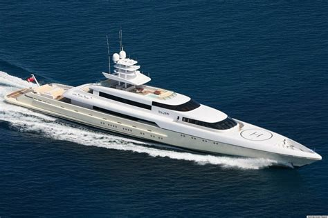 living on a boat on dry land 8 incredible yacht and sailboat interiors from