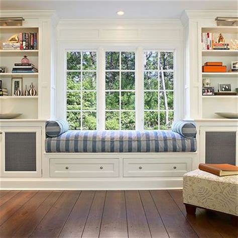Best Built Windows Decorating 25 Best Ideas About Window Seats On Window Seats Bedroom Window Seats With Storage