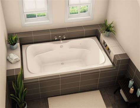 drop in bathtub ideas best 25 drop in tub ideas on pinterest built in