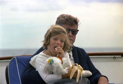 caroline kennedy the daughter of president john kennedy st c281 31 63 president john f kennedy and caroline
