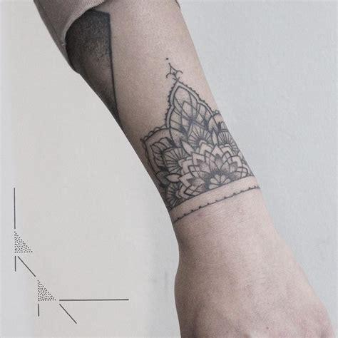 tattoo mandala bracelet healed mandala bracelet rachainsworth mandalatattoo