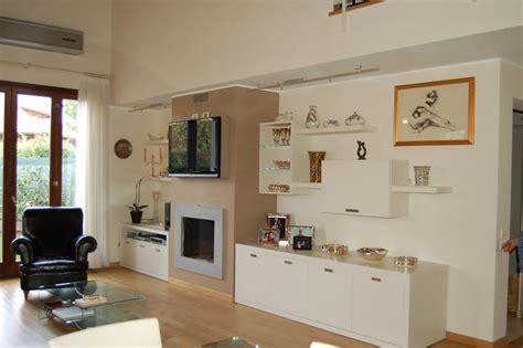 armadio soggiorno armadio libreria soggiorno idee per il design della casa