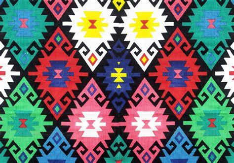 alternating pattern in art shifting rhythm 3 kosar majani alternating current art