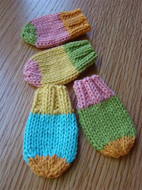 knitting pattern baby mittens baby mittens knitting patterns a knitting blog