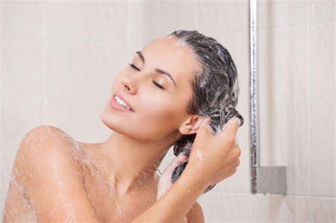 come fare una doccia rilassante cura della pelle doccia errori